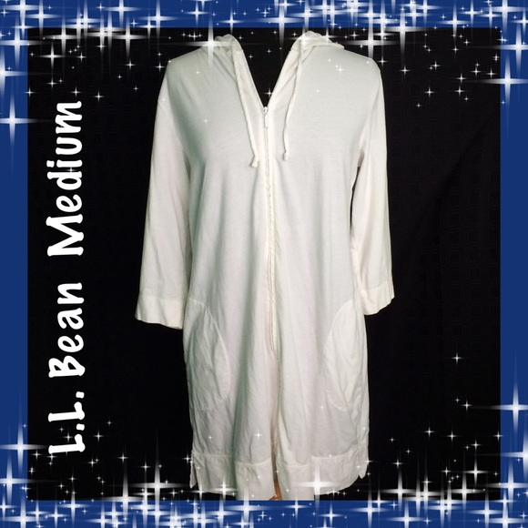 f6c9e71e51c4c L.L. Bean Other - L.L. Bean / Size Med / White Hooded Swim Cover Up